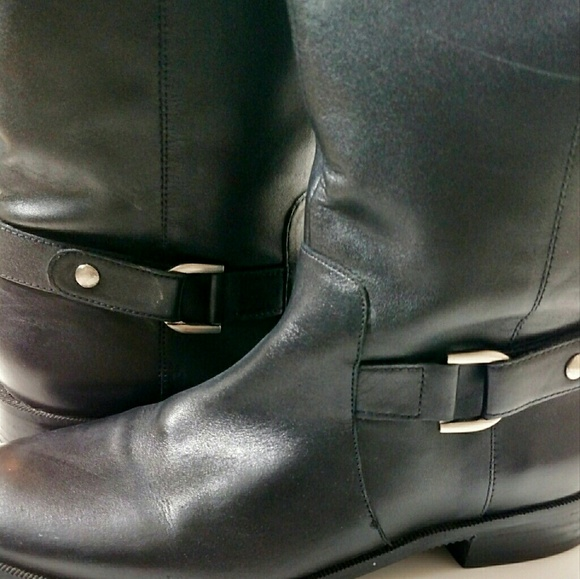 Ellen Tracy Shoes   Black Leader Boots